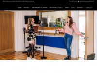 bartoncourtstudios.co.uk
